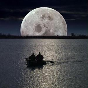 #FullMoonEngageMe Social Media Event N°4 – The Sturgeon Moon #EmpireAvenue #SocialNetworking