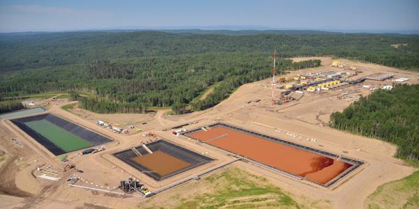 fracking-site image
