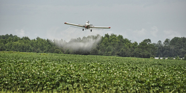 airplane-pesticides