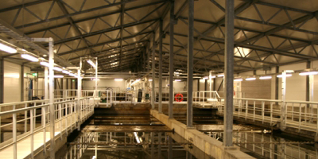 BPA and Estrogenic activity measured in Finnish municipal wastewatereffluents